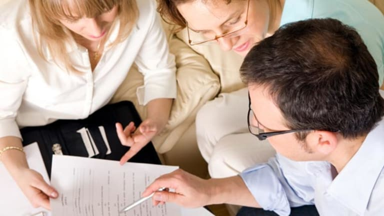 Tips to Choose Your Tax Preparer Carefully