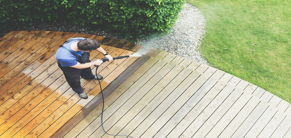 What are the Advantages of Pressure Washing?