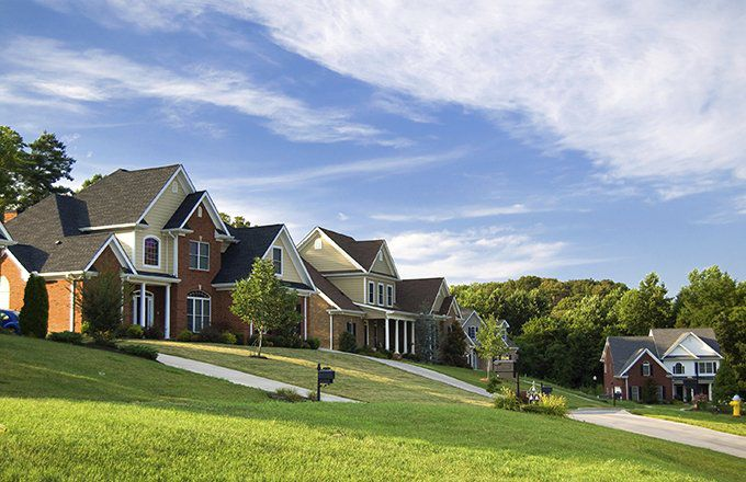 7 Reasons to Work with a Realtor for Buying or Selling a Property