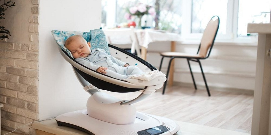 Should I Get a Rocking Bassinet for My Baby?