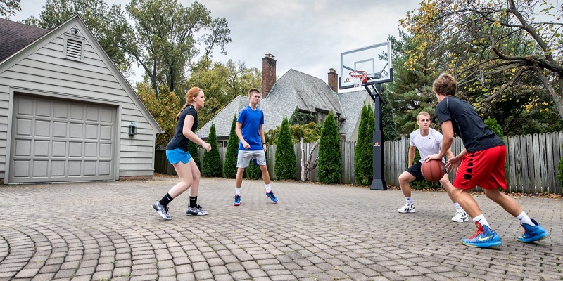 How to Choose Portable Basketball Hoops to Practice Like the Pros?