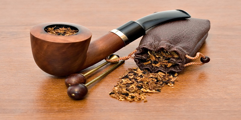 Materials and Construction of Unique Pipes for Smoking