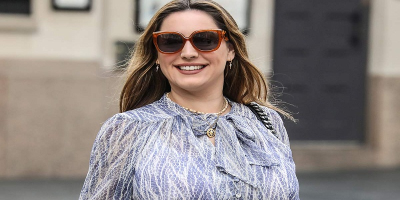 Routine of Kelly Brook to Stay in Her Perfect Figure