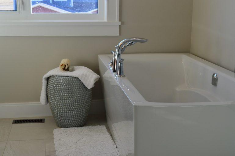 How to Paint a Bathtub?