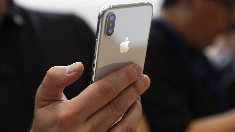 Should You Buy iPhone X?